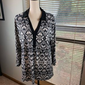 Kim Rogers black and white top /size XL